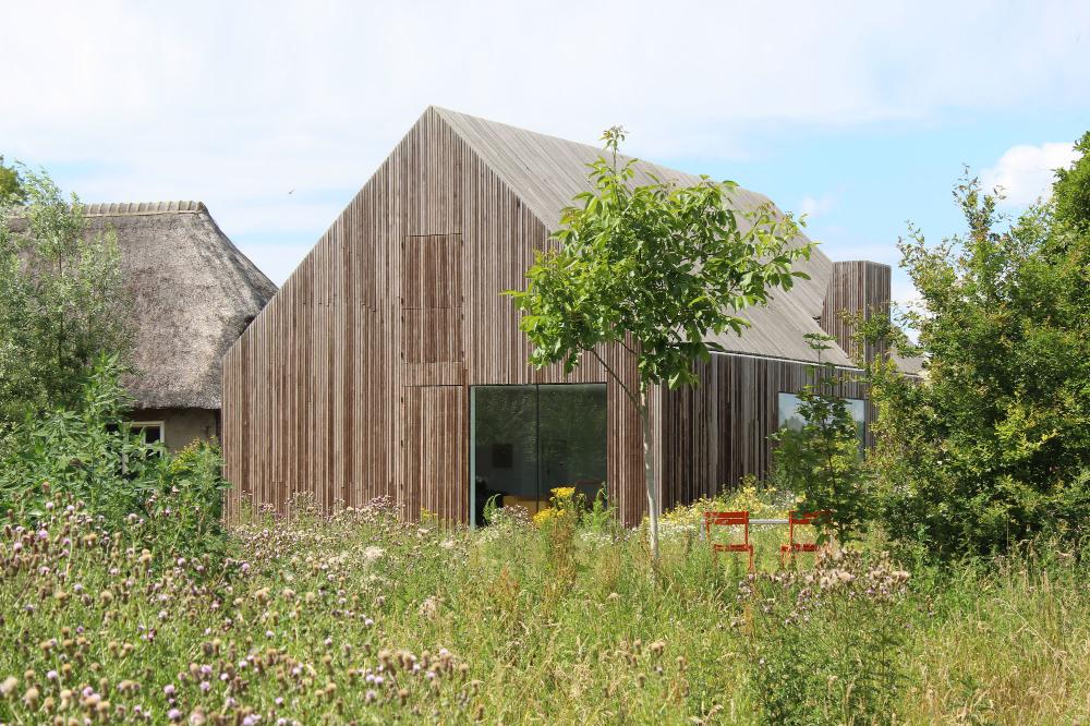 Potato Shed House By Julius Taminiau Architects Thisispaper
