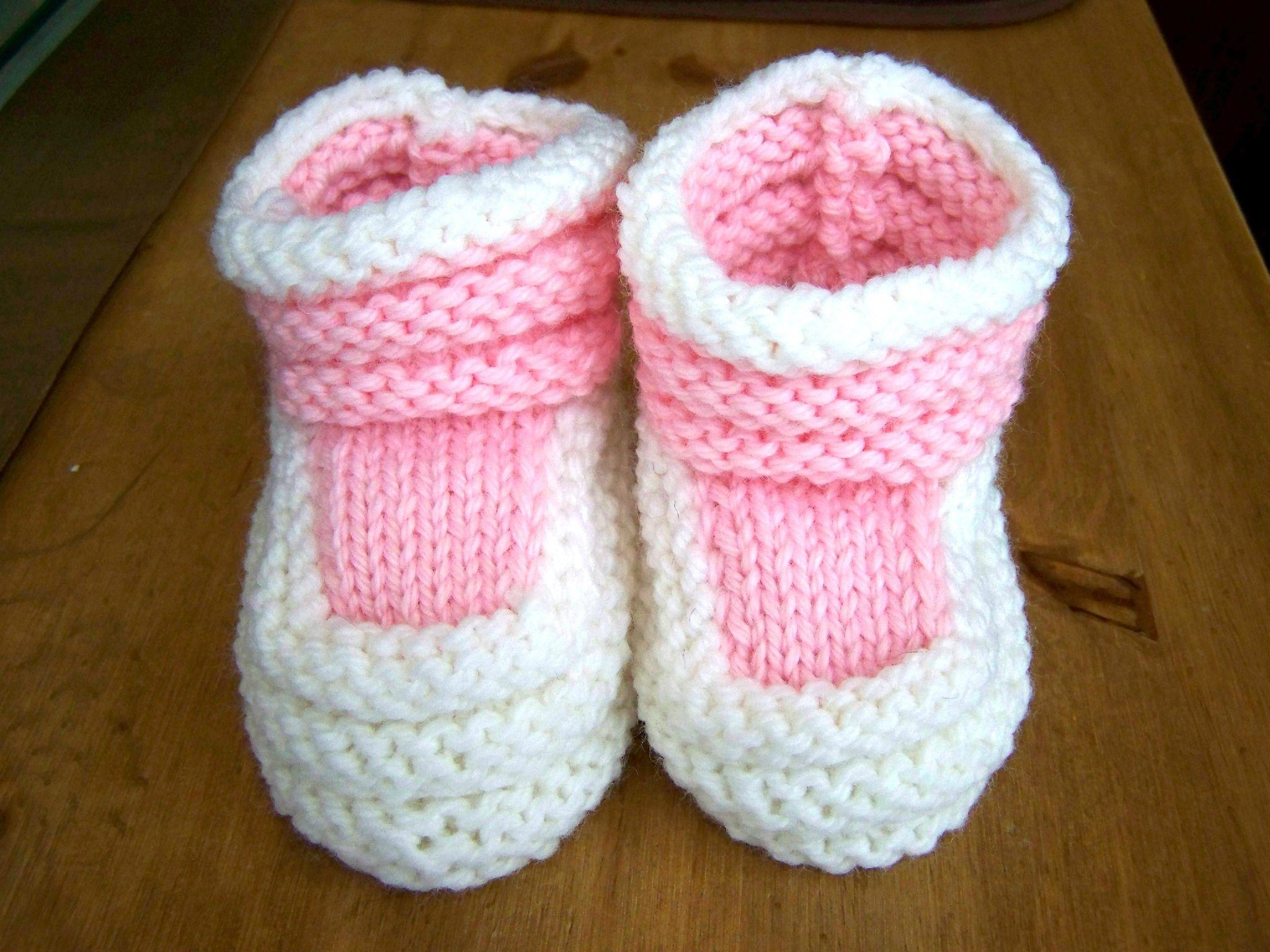 apprendre a tricoter des chaussons pour bebe pour debutant pinterest tricot baby. Black Bedroom Furniture Sets. Home Design Ideas