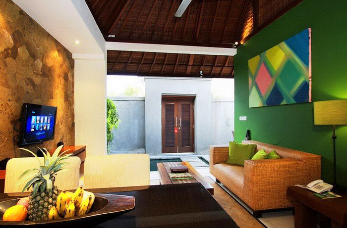 I'm really in love with the design of the walls of this villa, Serene Lotus #Bali
