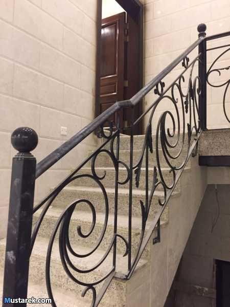 شقة للايجار السنوي مكونة من 4 غرف و 4 دورة مياة ذات مدخل خاص Home Decor Stairs Home