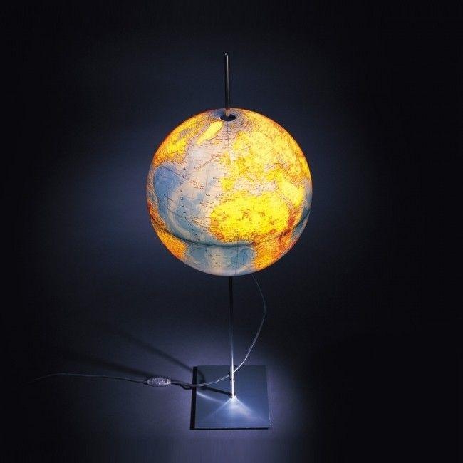 Voor echte reisliefhebbers is de Absolut Lighting Globe een musthave ...