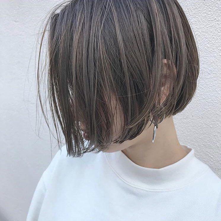 丸顔に似合う髪型の条件とは おすすめヘアスタイルを紹介 Lala Magazine ララ マガジン ボブヘア ヘアスタイル 髪型 ボブ