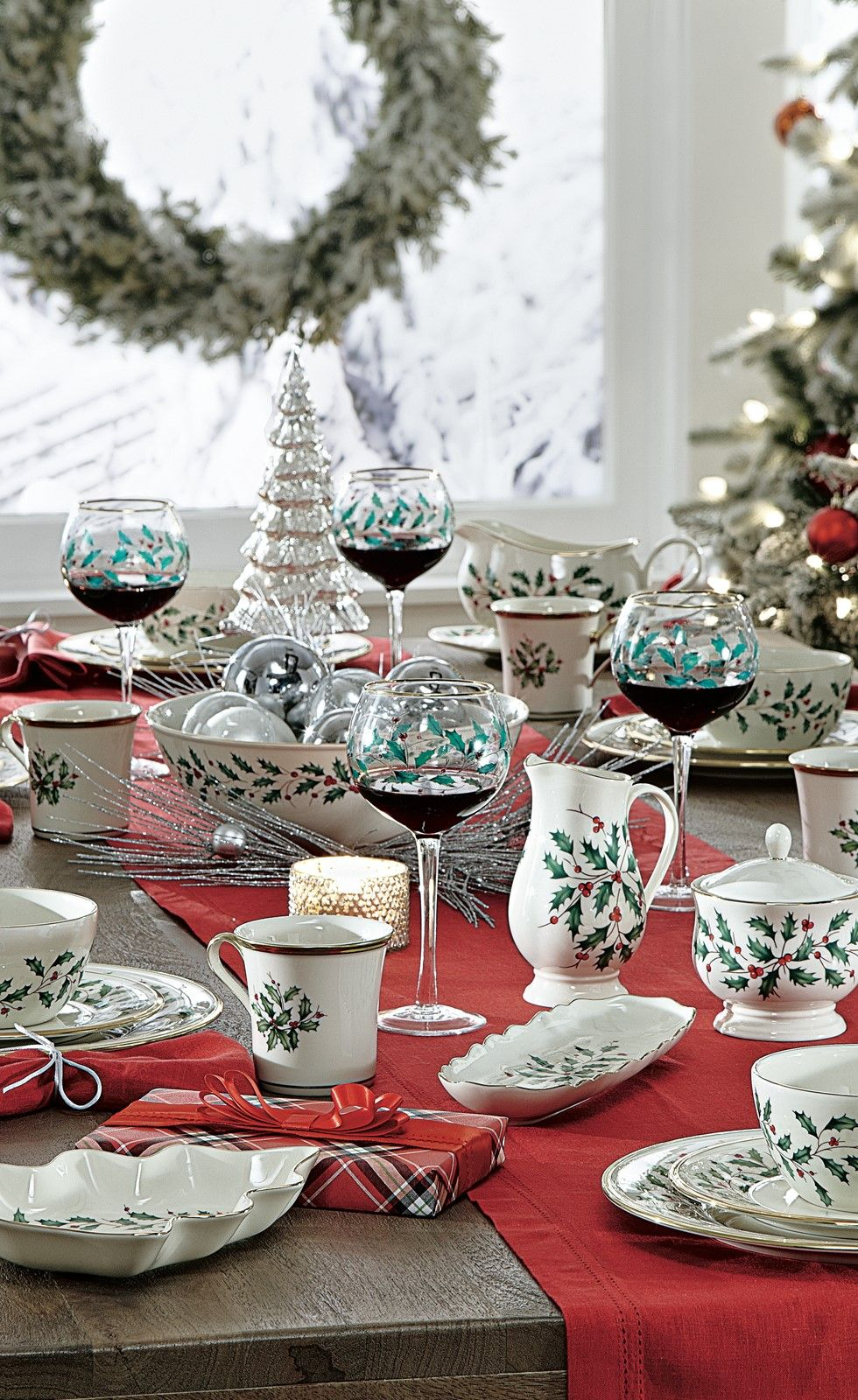 Lenox Christmas Chair Covers Sitting Chairs For Living Room Shop This Gorgeous Holiday Serveware Set To Dress Up Your Tabletop Season