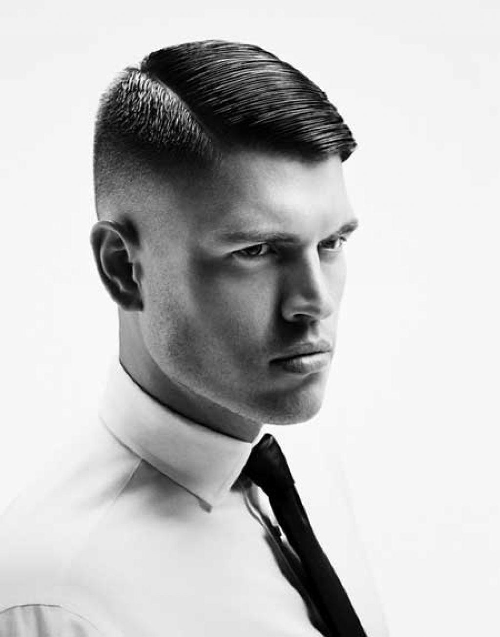 Herren Haarschnitt Seitenscheitel