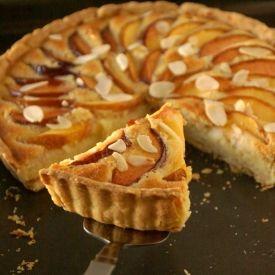 """End of the Summer dessert  """"Peach & Almond Tart""""."""
