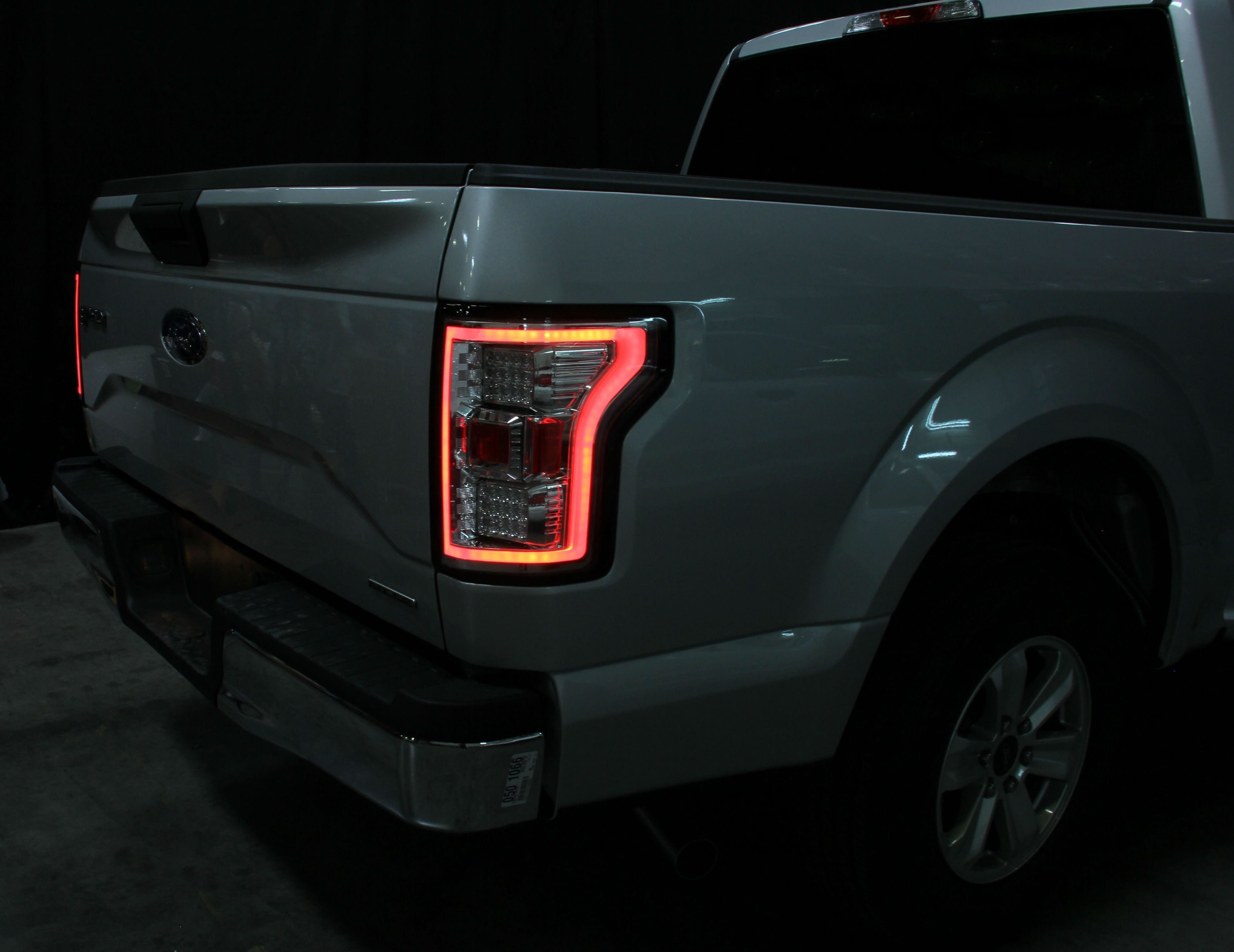 Toyota Tacoma 2015-2018 Service Manual: Illumination for Panel Switch does not Come on with Tail Switch ON