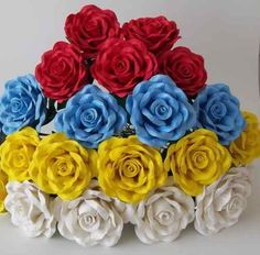Como Fazer Rosas Em E.V.A | Artesanato - Cultura Mix