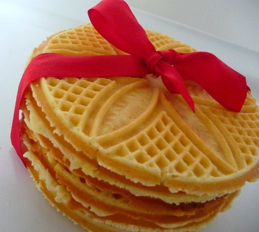 Pizzelle - Italian Waffle Cookies | party | Pinterest | Kuchen ...