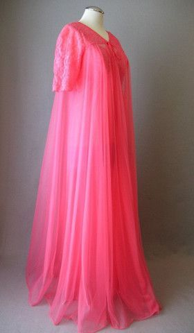 Vintage 50s Vanity Fair Full Sweep Pink ... | I Want To Wear It All ...