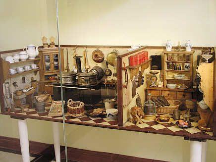 Deutschordensmuseum Bad Mergentheim Puppenkuche Puppenhaus Puppenstube