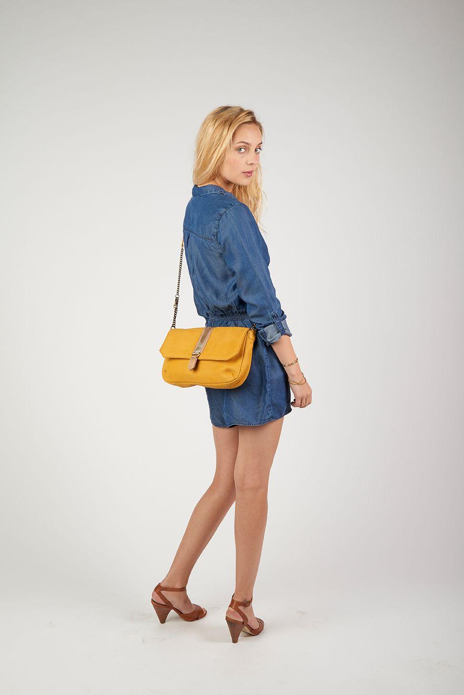 - Antoinette Ameska - Sac Jaipur  #antoinetteameska #tendance #mode #mannequin #bleu #moutarde #bandoulière #chaîne #création #poche