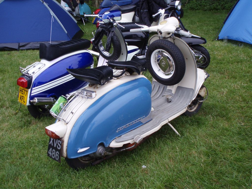 lambrettas | Flickr - Photo Sharing!