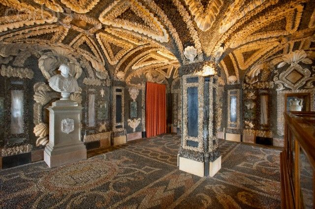Shell and pebble mosaics in the grottoes of Palazzo Borromeo