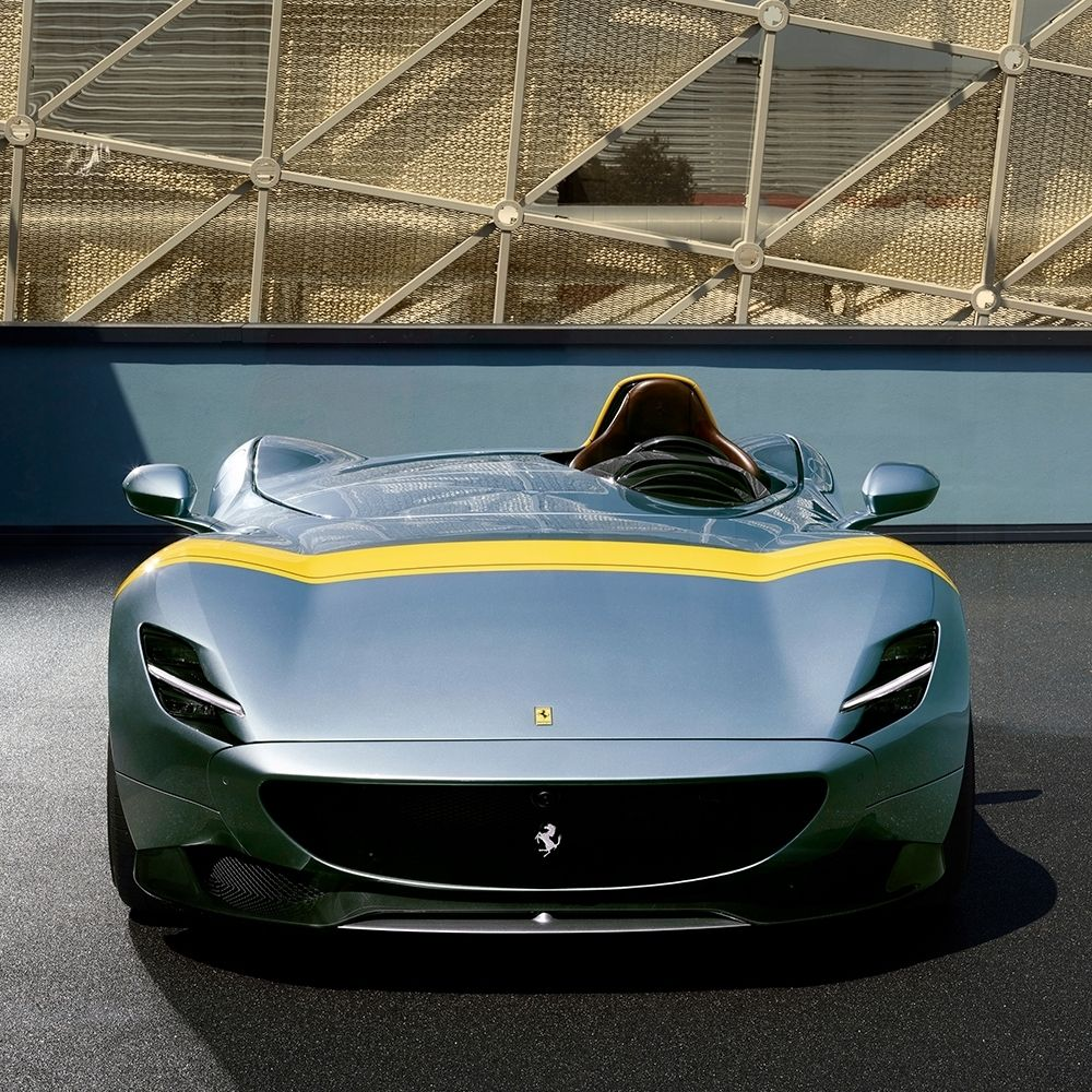 The Ferrari Monza Sp1 Is A Stunning Single Seater From The Limited Edition Icona Series Ferrari Schöne Sportwagen Super Autos