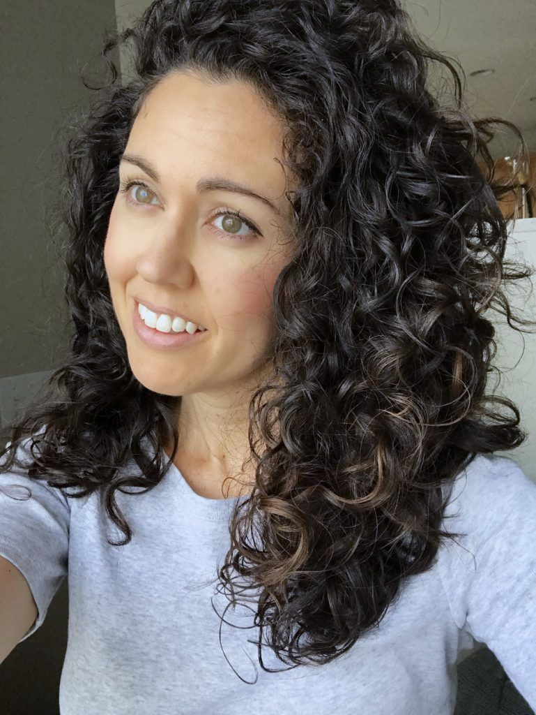 No Fuss Shoulder Length Curly Hair Routine Curly Type 2c Shoulder Length Curly Hair Curly Hair Types Curly Hair Styles