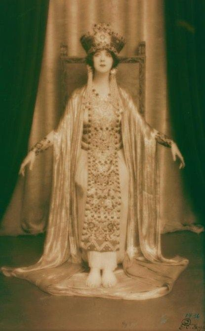 Ruth St Denis in Dance of Theodora. (c1922)