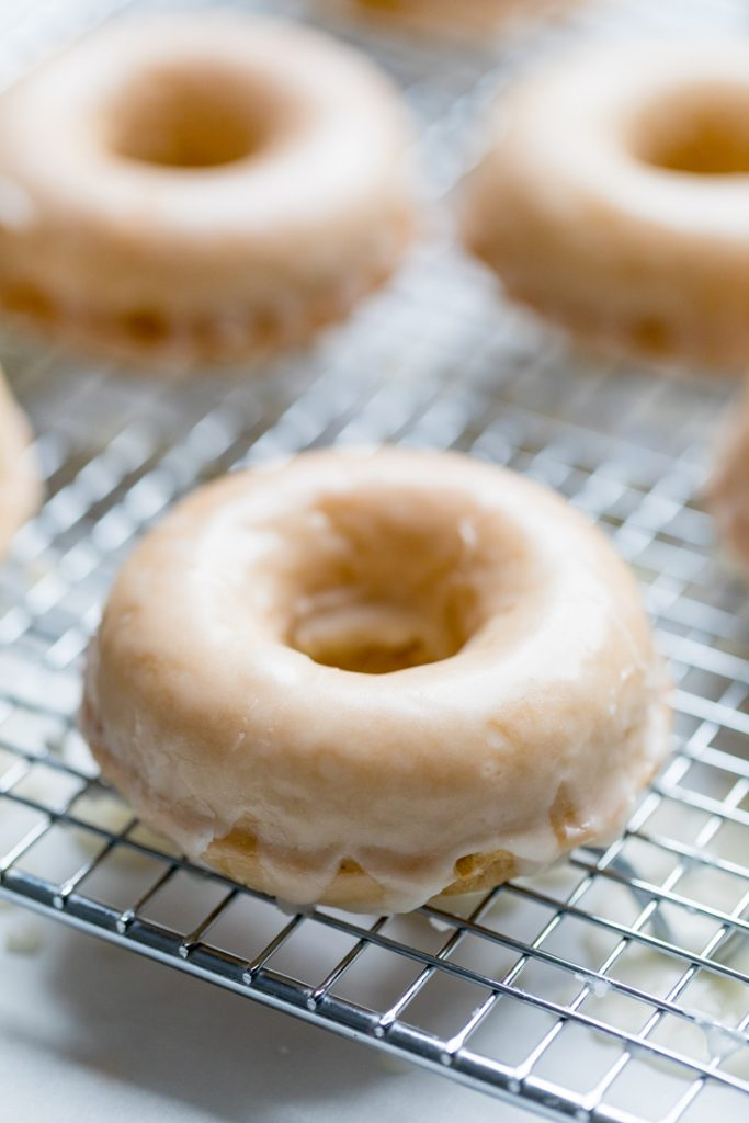 Glazed Vegan Donuts Recipe In 2020 Vegan Donuts Vegan Donut Recipe Plain Donut Recipe
