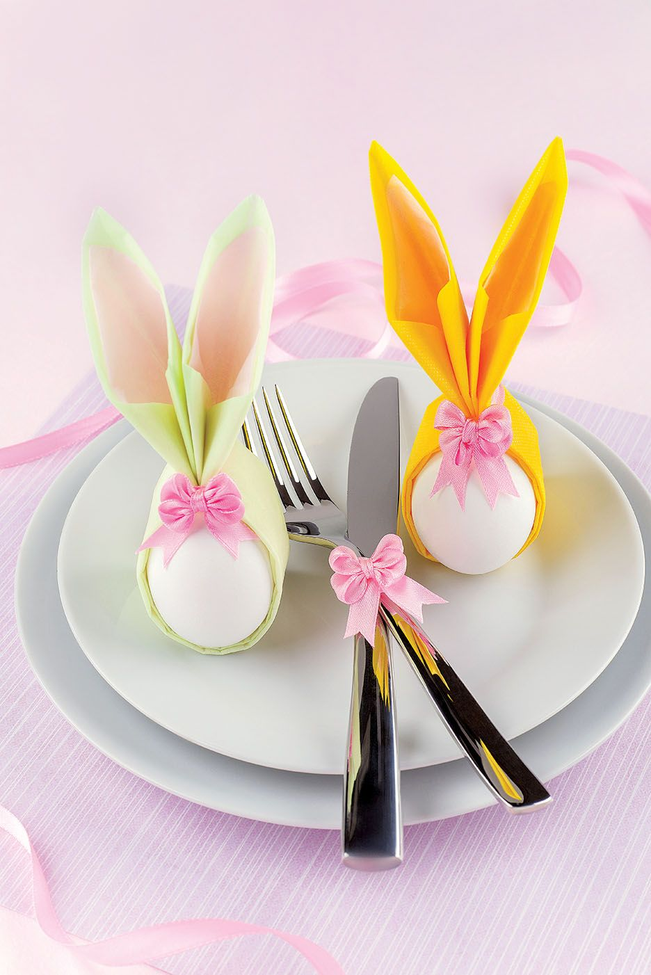 Ozdoba Wielkanocna Na Stol Zajaczki Z Serwetek Easter Decoration Paper Papierowe Dekoracje Zajaczki Wi Easter Table Settings Bunny Napkins Easter Table