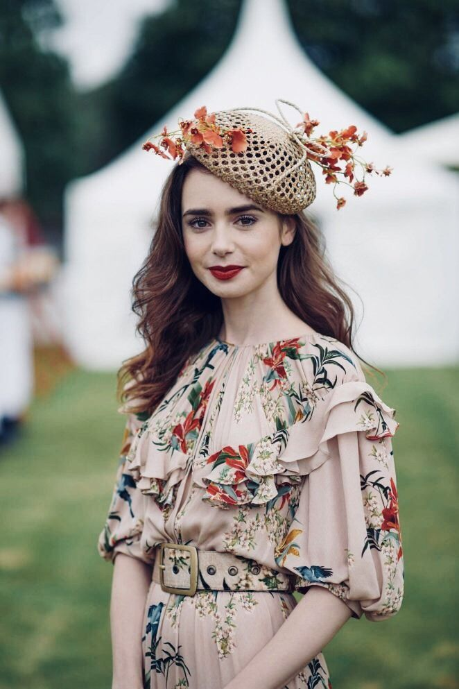Daily Lily Collins: Photo