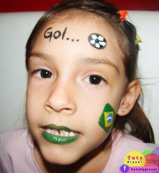 Makeup girl/artistic painting - Pintura artística nas crianças para a Copa do Mundo! O passo a passo da maquiagem aqui: http://mamaepratica.com.br/2014/06/13/copa-do-mundo-maquiagem-de-bandeira-do-brasil-para-fazer-nas-criancas/ Criação da artista Taty Pizoni para o blog Mamãe Prática