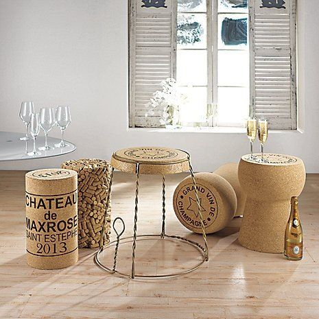 BAR CORK TABLES
