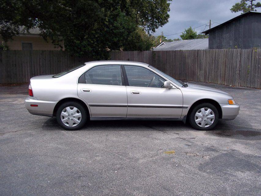 1996 Honda Accord LX Sedan $1995 Stock #: 029534 Color: Champagne VIN#:  1HGCD563XTA039954 Transmission: Automatic Year: 1996 Engine: 2.2L L4 SOHC  16V Make: ...
