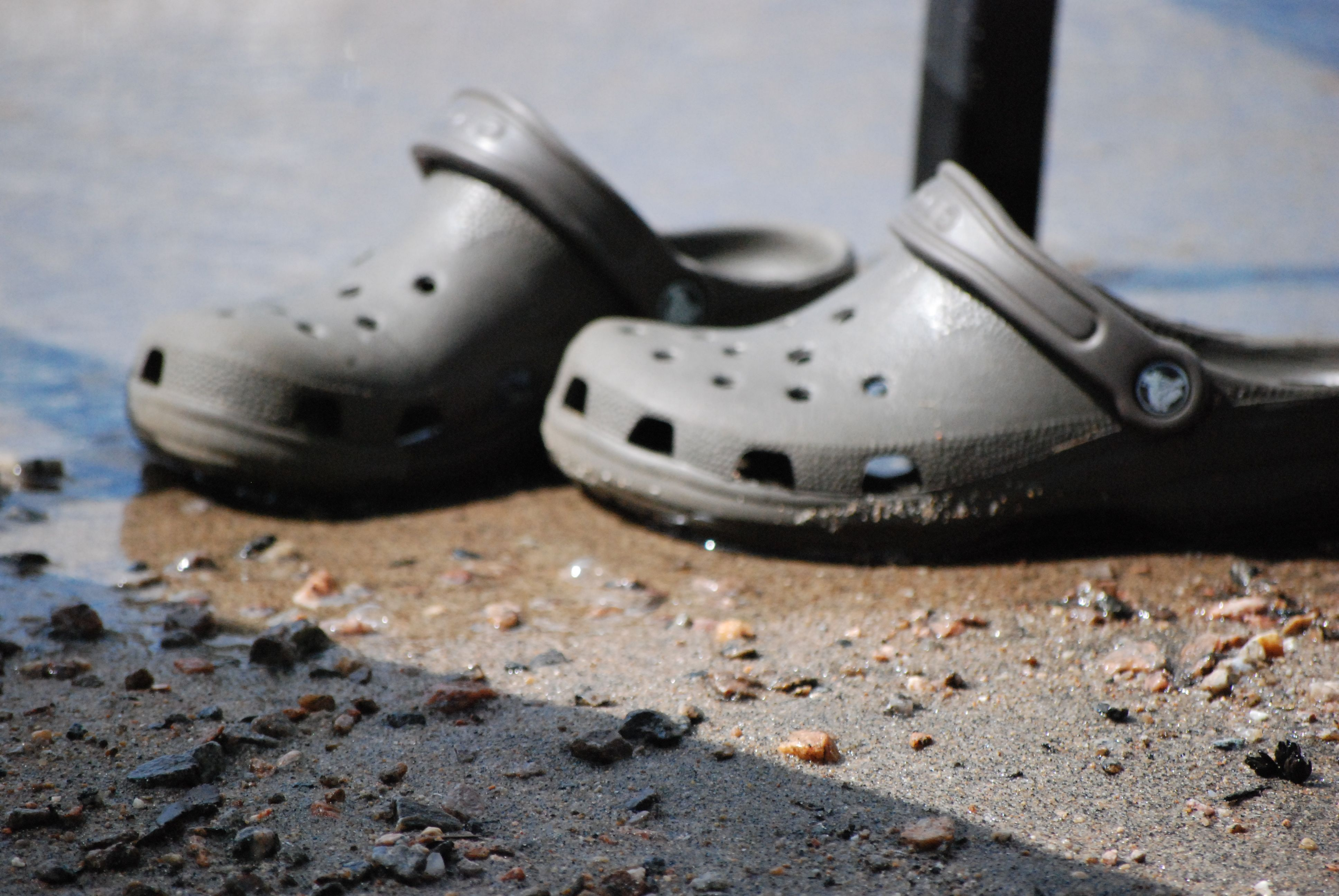 Baskatong's crocs
