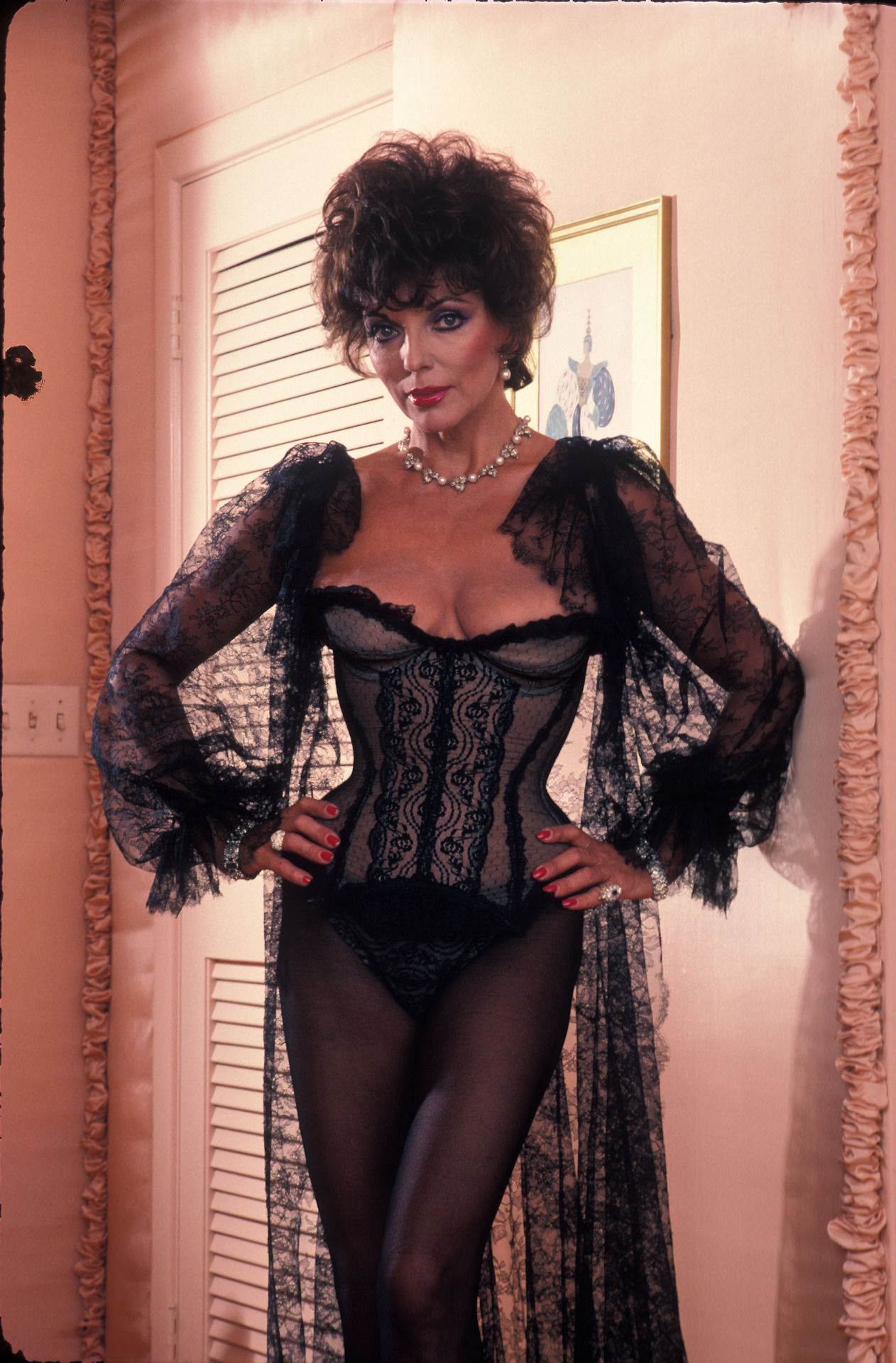 Free joan collins mature videos — photo 9