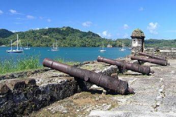 #Portobelo es un puerto natural y un poblado ubicado en la República de #Panamá. Una de las poblaciones más importantes de América durante la época colonial y puerto por el que pasó la mayoría de las riquezas que España embarcó hacia Europa