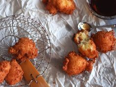 Nicaraguan Buñuelos de Yuca y Queso (Yuca and Cheese Fritters) | Serious Eats : Recipes