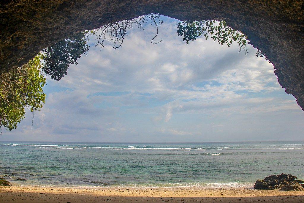 Secret Cave, Padang Padang Beach, Uluwatu, Bali, Indonesia