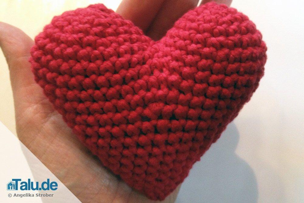 Herz Häkeln Diy Anleitung Für Ein Einfaches Häkelherz Herzen