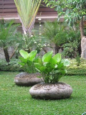unusual planters! by MarylinJ CEMENTO Pinterest Jardín - maceteros para jardin