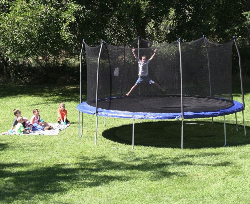 Large Outdoor 17 Foot Oval Big Kids Trampoline Safety Enclosure