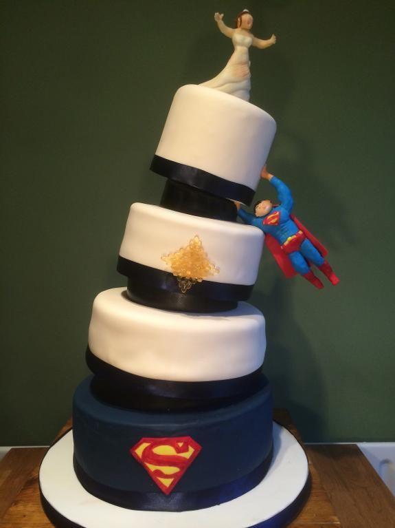 Superman Wedding Cake Superman Wedding Cake Superhero Wedding Cake Wedding Cake Designs