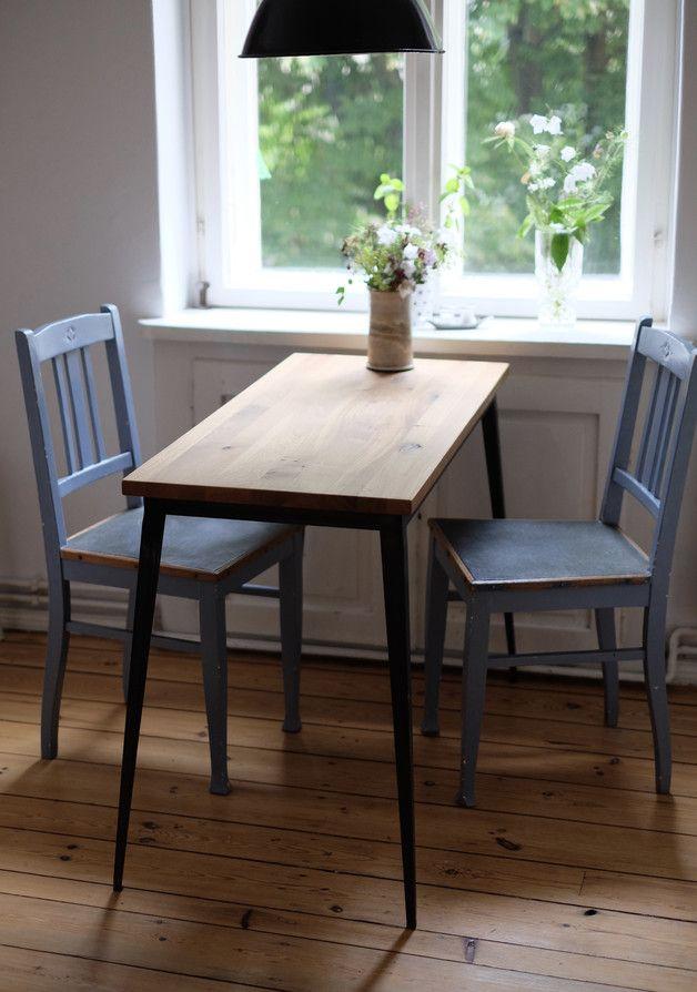 Schmaler Esstisch Aus Massivholz Perfekt Als Fruhstuckstisch In