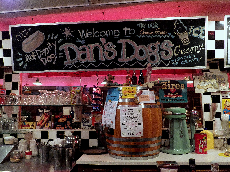 Dans Dogs Medina Ohio Good Food At Reasonable Pricesold