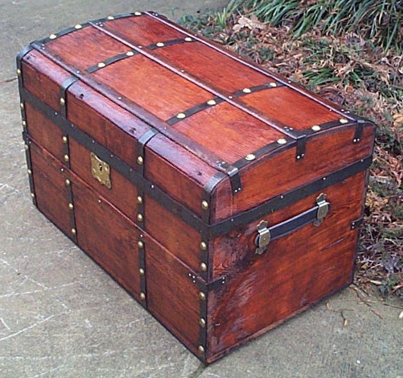 Restored Antique Flat Top Trunk 486 Antique Trunk Trunks For Sale Restoration