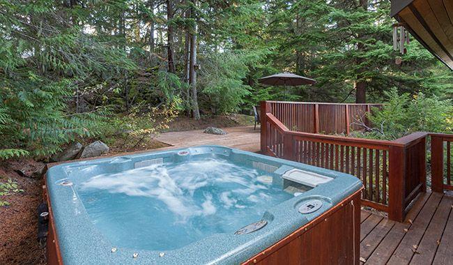Whistler Rental Falcon S Nest Estate Private Outdoor Hot Tub Off Kitchen Whistlrplatinum Vacation Rental Whistler Tr Hot Tub Outdoor Cabin Rentals Hot Tub