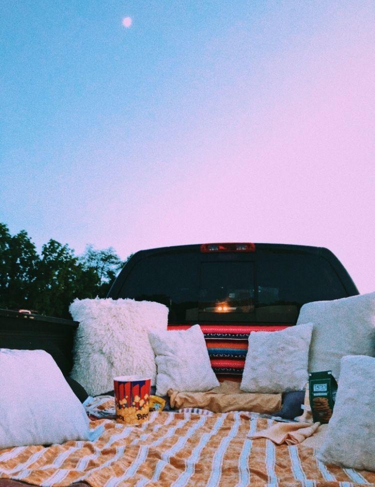 1001 id es originales d 39 activit enterrement de vie de jeune fille travel pinterest. Black Bedroom Furniture Sets. Home Design Ideas