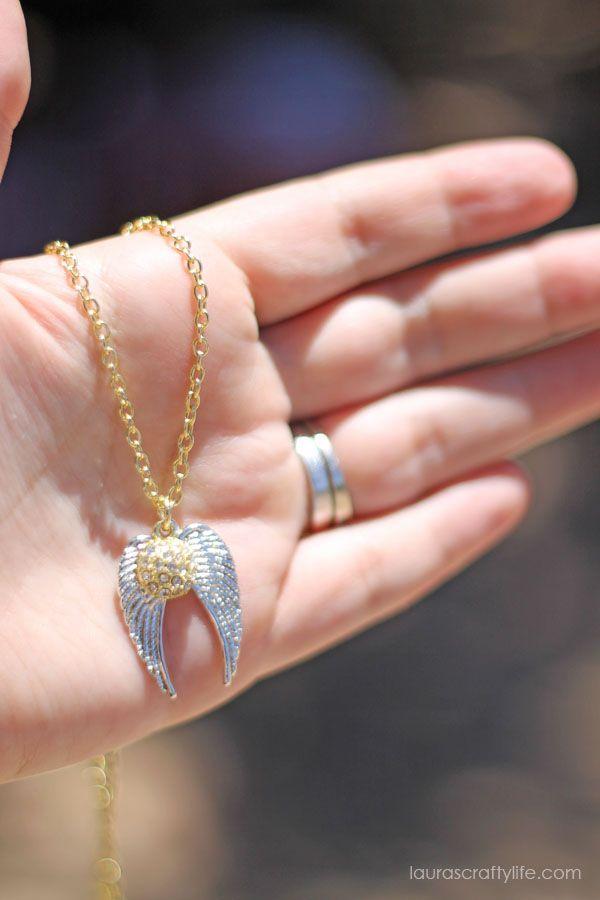 Harry Potter Golden Snitch Necklace   Harry potter golden