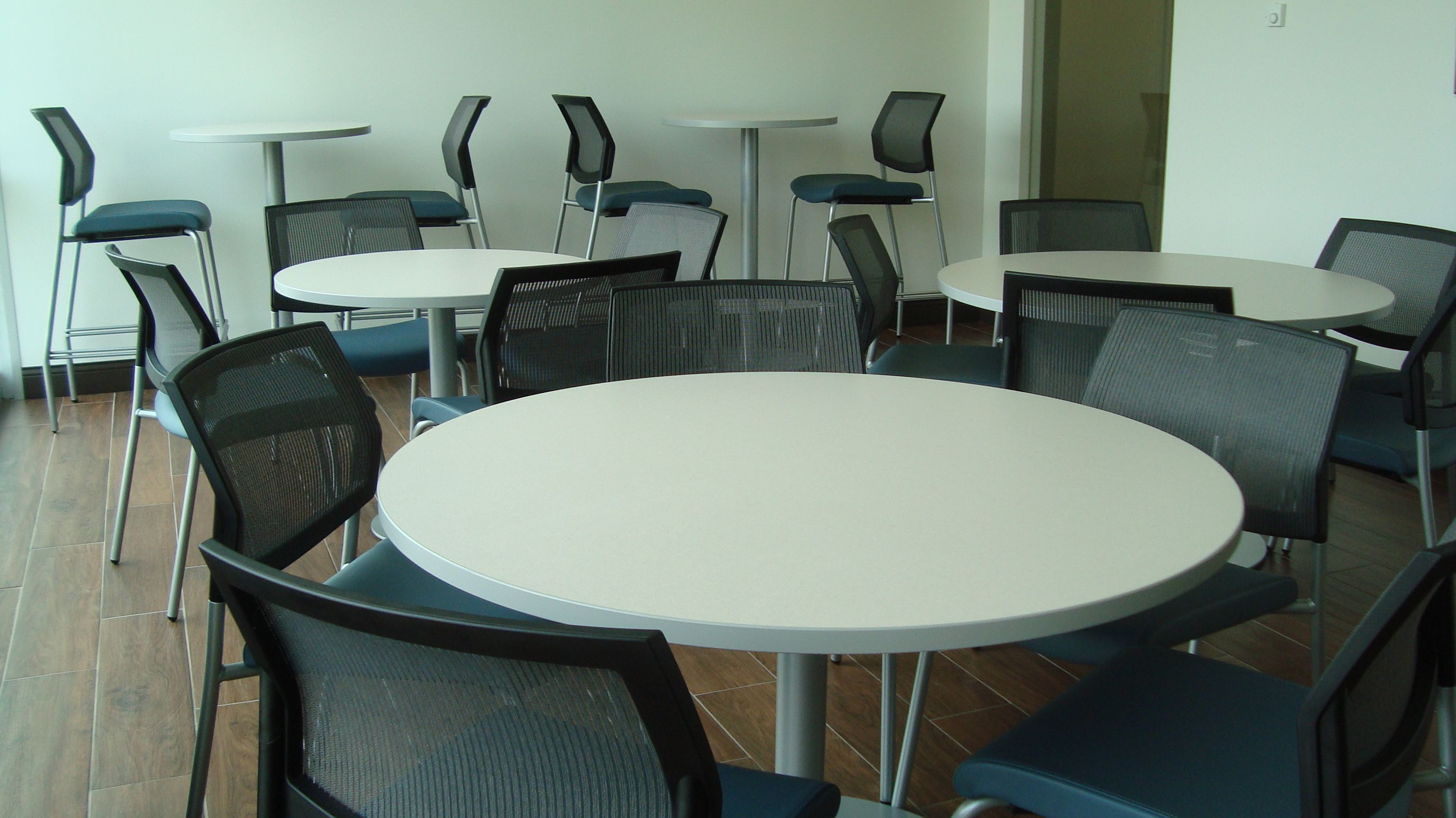Break Room W/ Cafe And Sitting Height Tables, Sit On It Focus Mesh Back