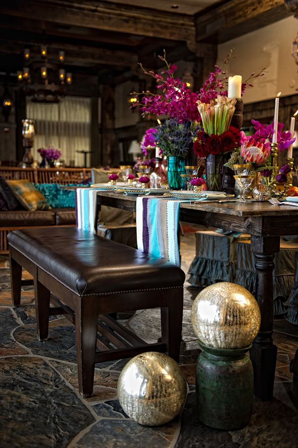 Boho dining room. OMG please someone do this for me a smaller version I have a small kitchen
