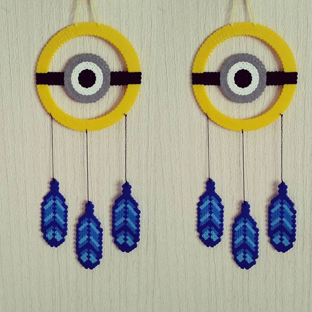 Minion dreamcatcher hama beads by sistyria crafts for Dreamcatcher beads meaning