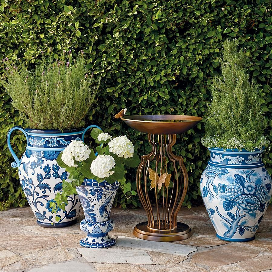 Blue And White Painted Planters Frontgate Planters 400 x 300