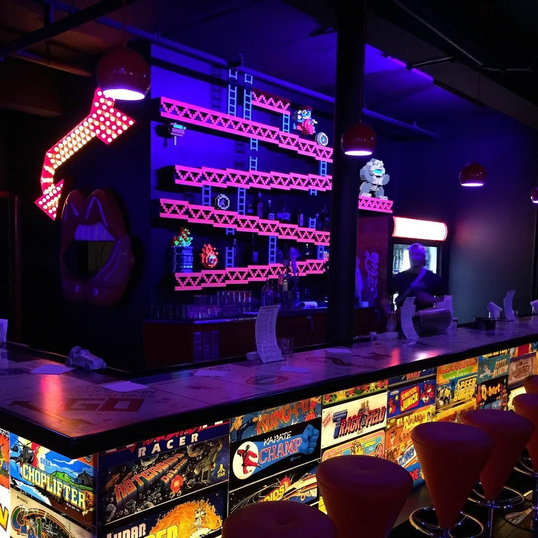 This Orlando Bar With Nintendo 64 Tournaments Is A Dream Chill Spot For 90s Kids Narcity Arcade Bar Cool Bars Bar Geek