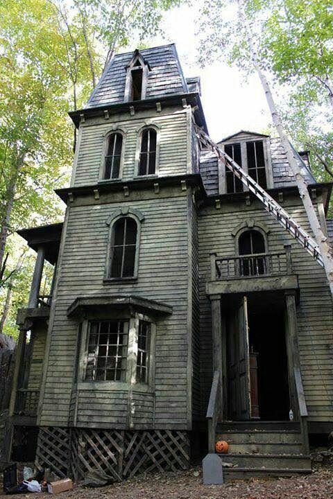 maison hantee 93