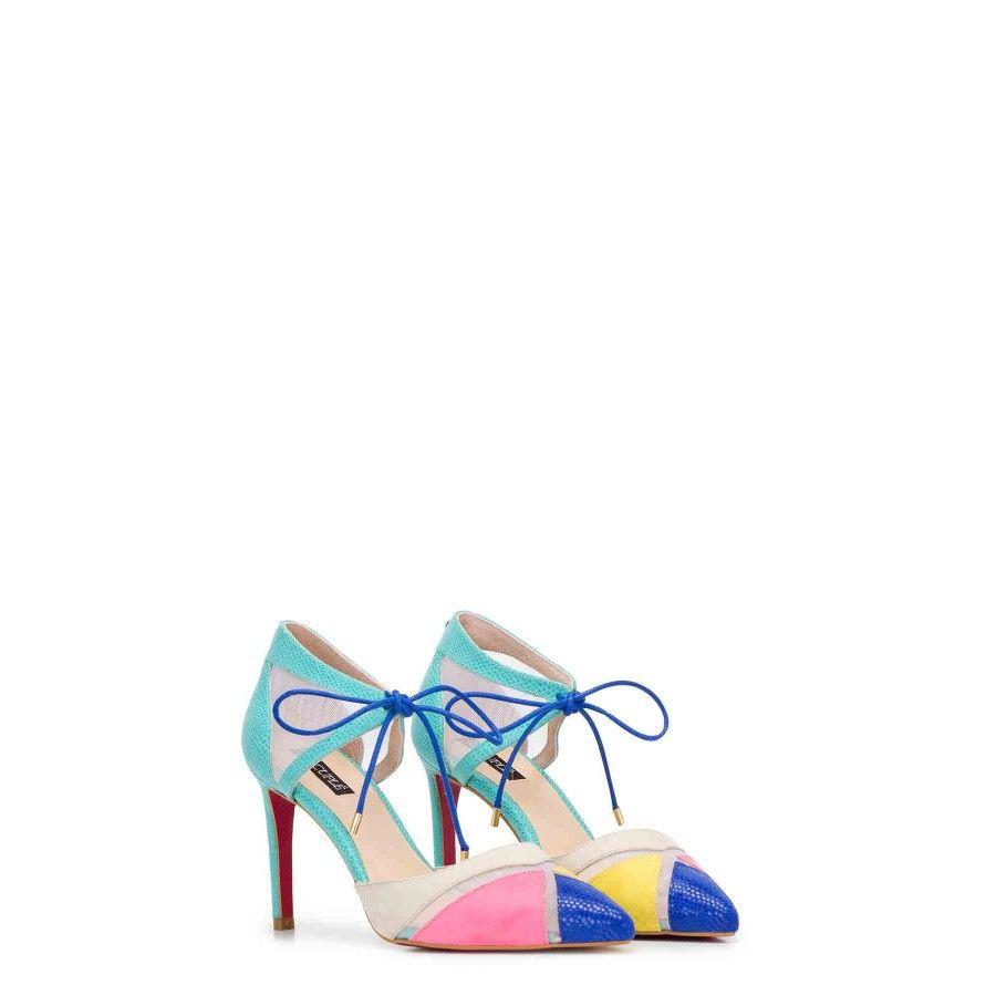 Propuesta De Lidiabarcelona En Al Rescate De Letizia Zapatos Bonitos Armario De Zapatos Zapatos