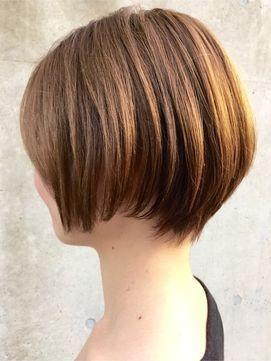 後ろ姿も美人な ショートヘア ボブカタログ 2018髪型