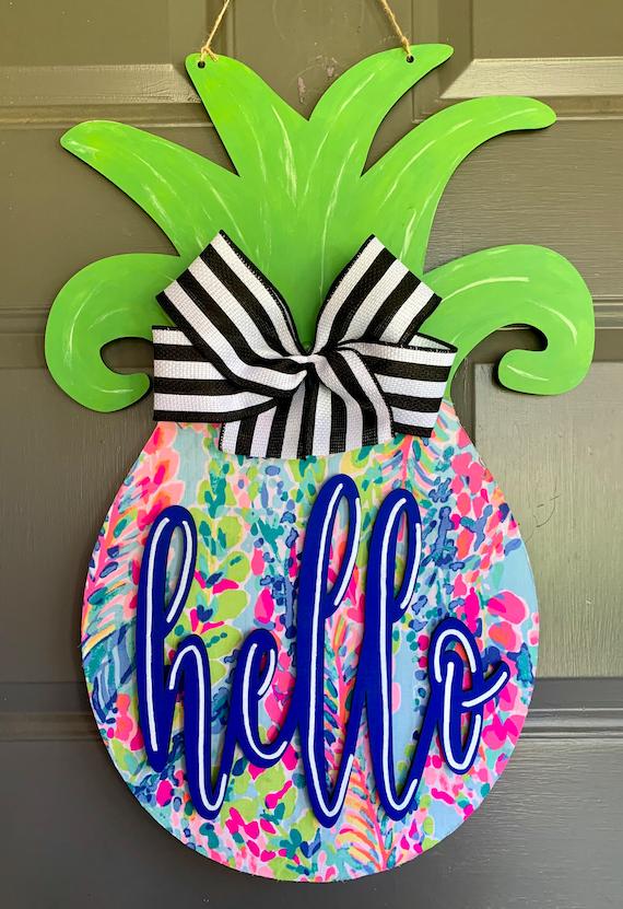 Pineapple Lily Inspired Door Hanger, Hello Door Hanger, Pine…